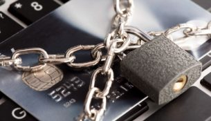 Aby mieć wysoką wiarygodność kredytową należy nie tylko dobrze spłacać kredyty, ale także nie korzystać ze zbyt wielu kredytów jednocześnie.