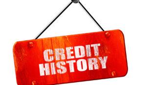 Kredyty poręczane raczej psują nam historię kredytową